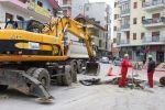 Vazhdon puna me sistemimin e rrjetit të kanalizimeve në qytet