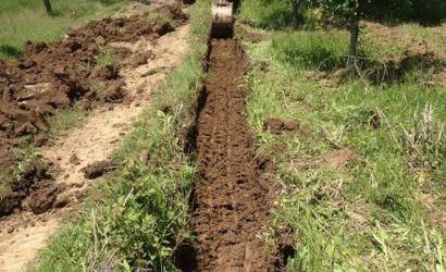 Pastrimi i sistemit të kanaleve kulluese në tokat bujqësore