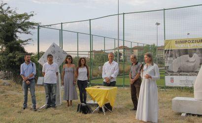 "Simpoziumi Ndërkombëtar ""Skulptura e Parkut 2016"""