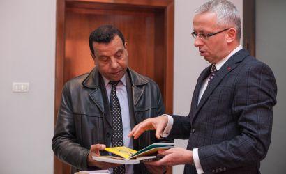 Konsulli i Palestinës viziton Bashkinë Korçë