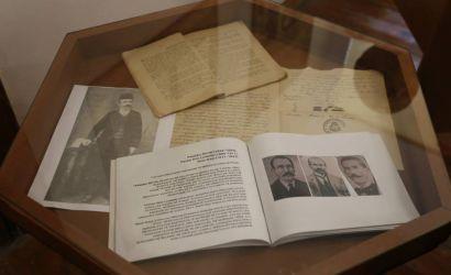 Ekspozite ne perkujtim te patrioteve TH. Marko dhe P.N. Luarasi