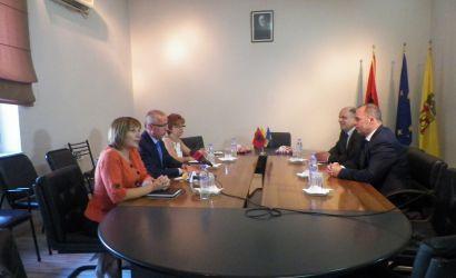 Perfaqesues te Ambasades te Kosoves vizitojne Bashkine Korce