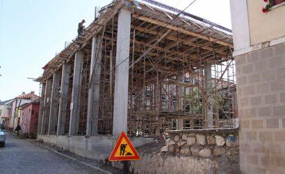 """Rikonstruksioni i shkollës """"Mësonjëtorja e Parë Shqipe""""."""