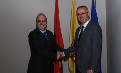 Ambasadori francez Bernard Fitoussi viziton Bashkinë Korçë