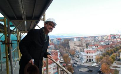 Perse i duhet Kulla Panoramike qytetit te Korces (sipas Peter Wilson)