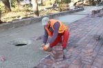 Vazhdon shtrimi i pllakave në shëtitoren e brendëshme të Parkut Rinia