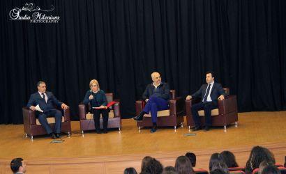 Sfidat e arsimit në Shqipëri, Kryeministri diskutim në Korçë